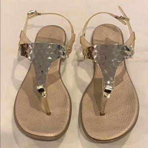 Bandolino Gold Size 9 Jelly Sandals